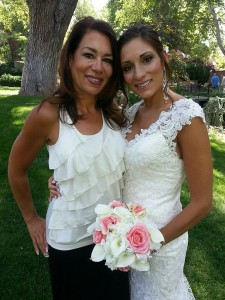 Roxanne Hunt with bride